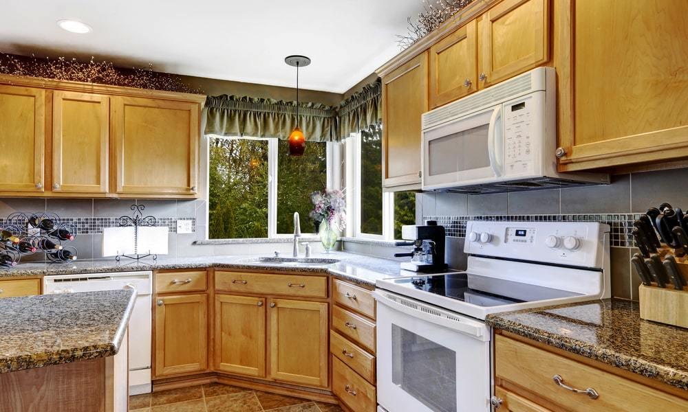 Chiêm ngưỡng vẻ đẹp cuốn hút của phòng bếp tân cổ điển 27