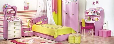 Phòng ngủ cho bé gái màu hồng