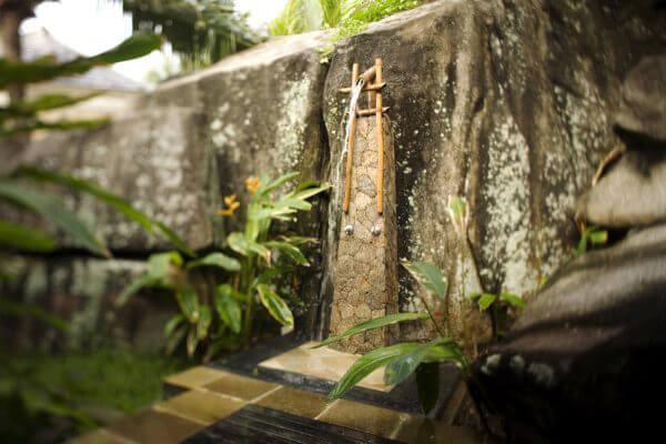 """Hòa mình vào thiên nhiên với không gian phòng tắm """"Lộ Thiên"""" 41"""