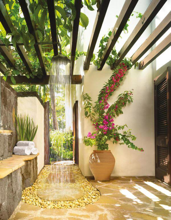 """Hòa mình vào thiên nhiên với không gian phòng tắm """"Lộ Thiên"""" 17"""