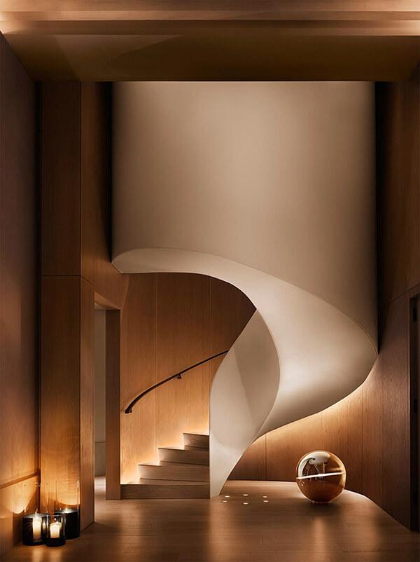 cầu thang ánh sáng