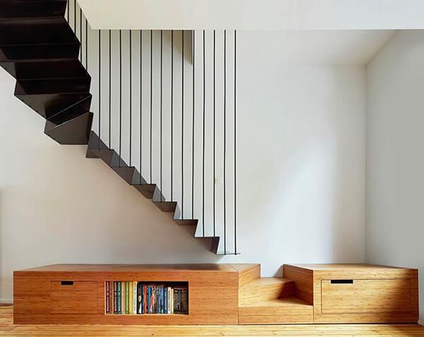 cầu thang kết hợp đồ nội thất