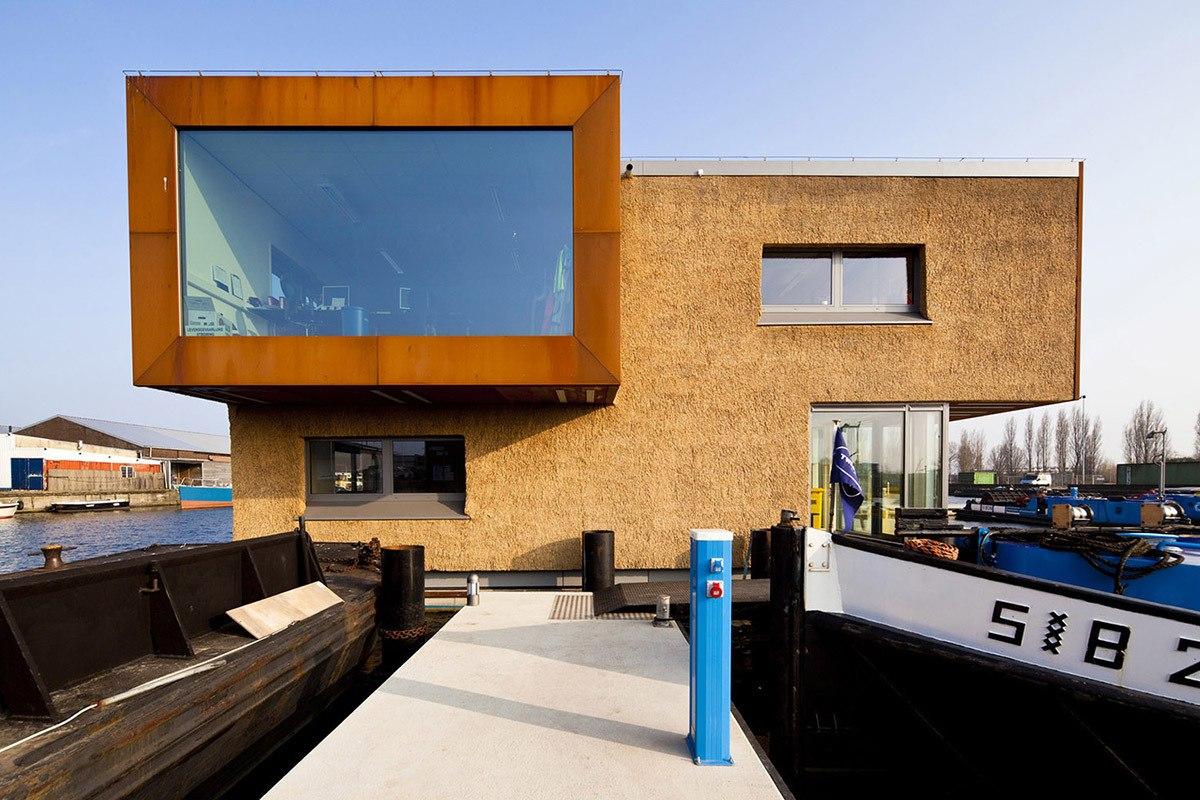 Tường rơm của Floating Office cho Waternet tại Hà Lan