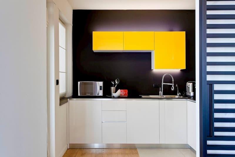 50 Mẫu nhà bếp nhỏ đẹp dành cho nhà ống, căn hộ chung cư 12