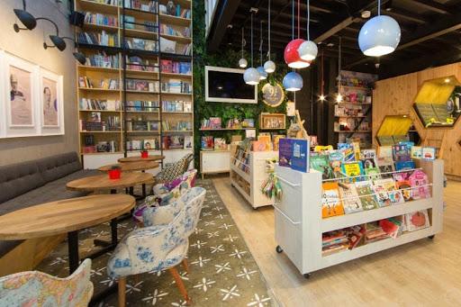 Xu hướng setup cafe sách